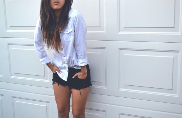 whiteshirt1